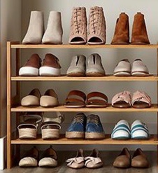 Professional tips for organizing your shoes.